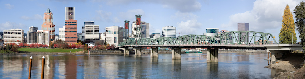 hawthorne-bridge-pano-portland-oregon-small