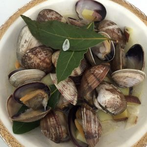 Clams and potatoes in a white wine broth