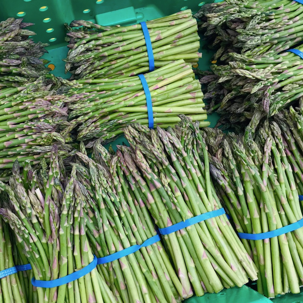 asparagus-profarm-orchards-hollywood-farmers-market-portland-oregon