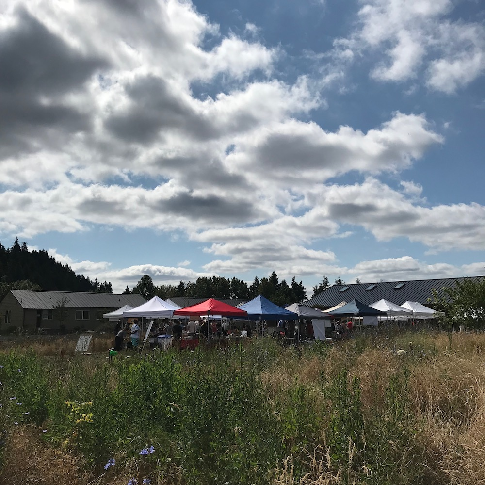 near-the-entrance-rocky-butte-farmers-market-portland-oregon