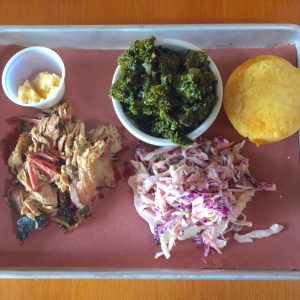 plate-pulled-pork-russell-street-barbecue-portland-oregon